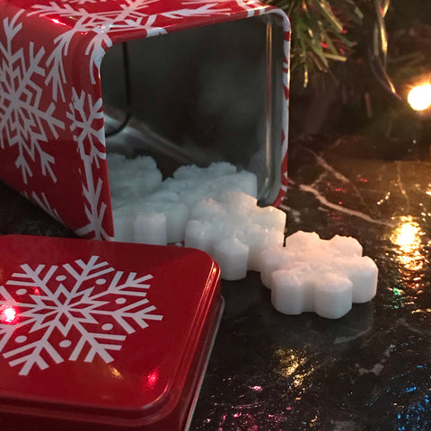 """REINDEER LOVE CANDY CANES"" Peppermint Snowflake Wax Melts 3oz. in Holiday Tin"