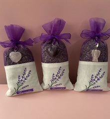 Organic Lavender Potpourri Sachet with Rose Quartz Angel or Heart or Amethyst Heart ~ 1 Sachet