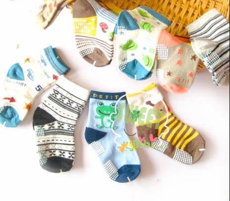 Three Pack Baby Boys Cotton Ankle Socks (0-3 Years) - Character