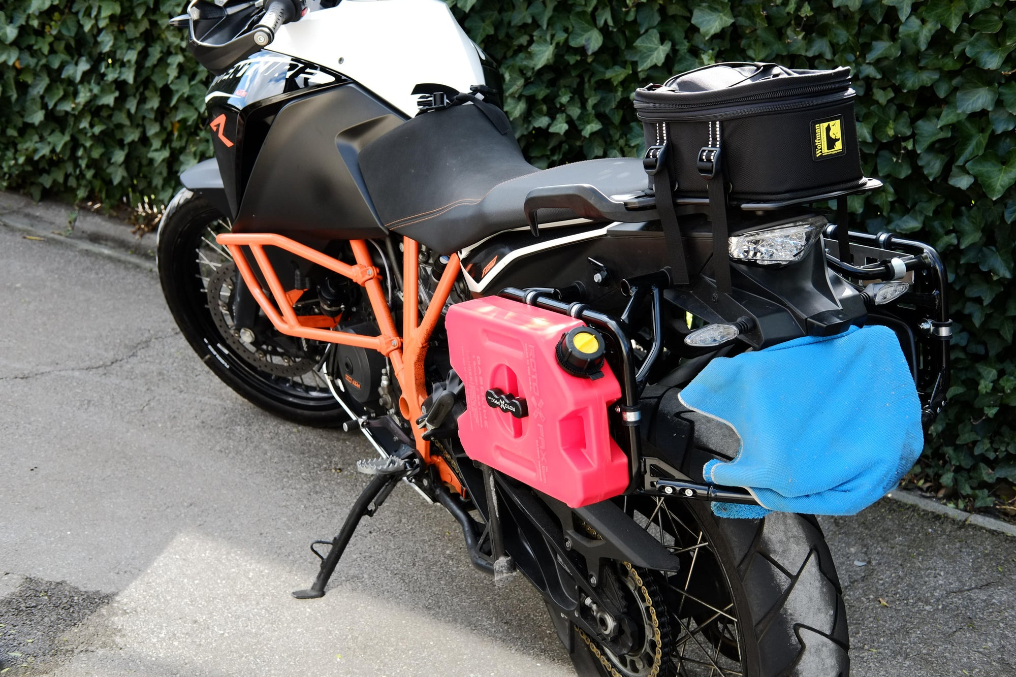 Perun moto Add-on plates on KTM 1190 Adventure R