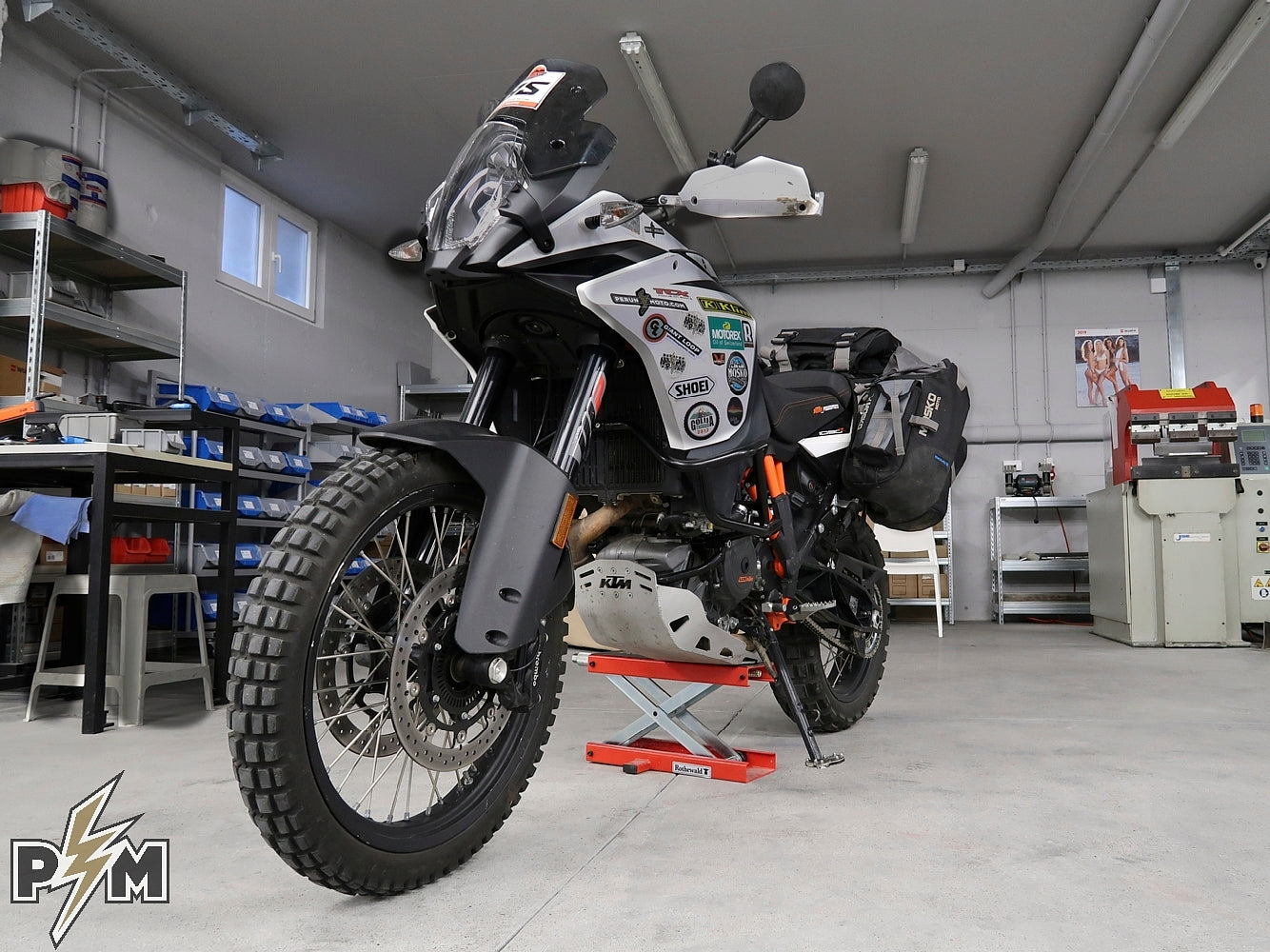 Fitting Mosko Moto Reckless 80 on KTM 1090 Adventure R