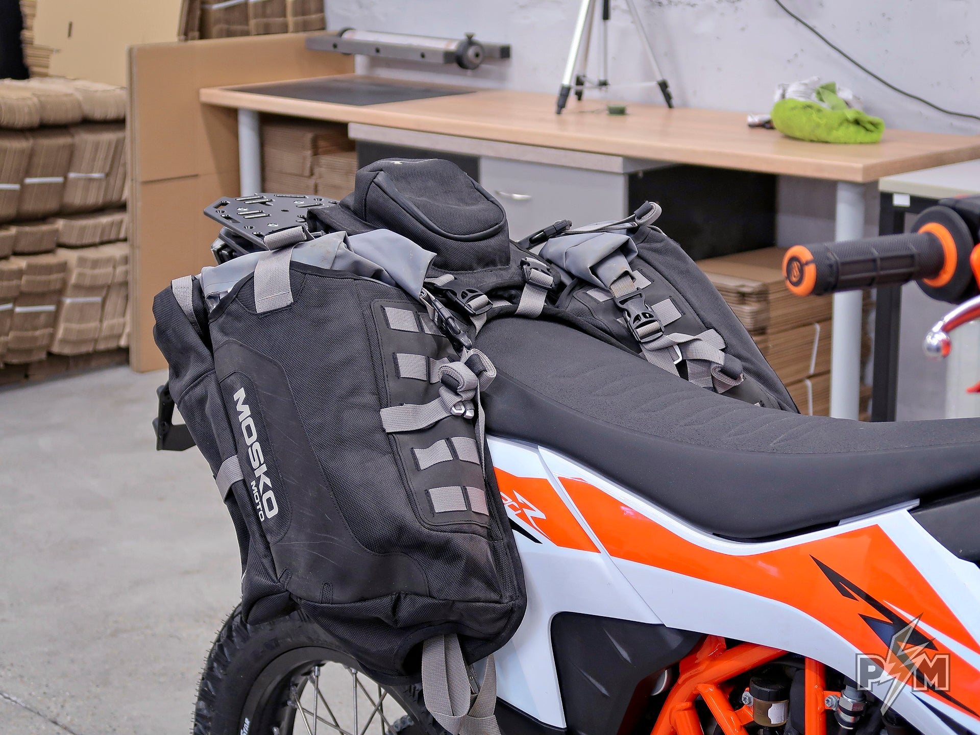 2019+ KTM 690 Enduro Luggage rack and Mosko moto Reckless 40