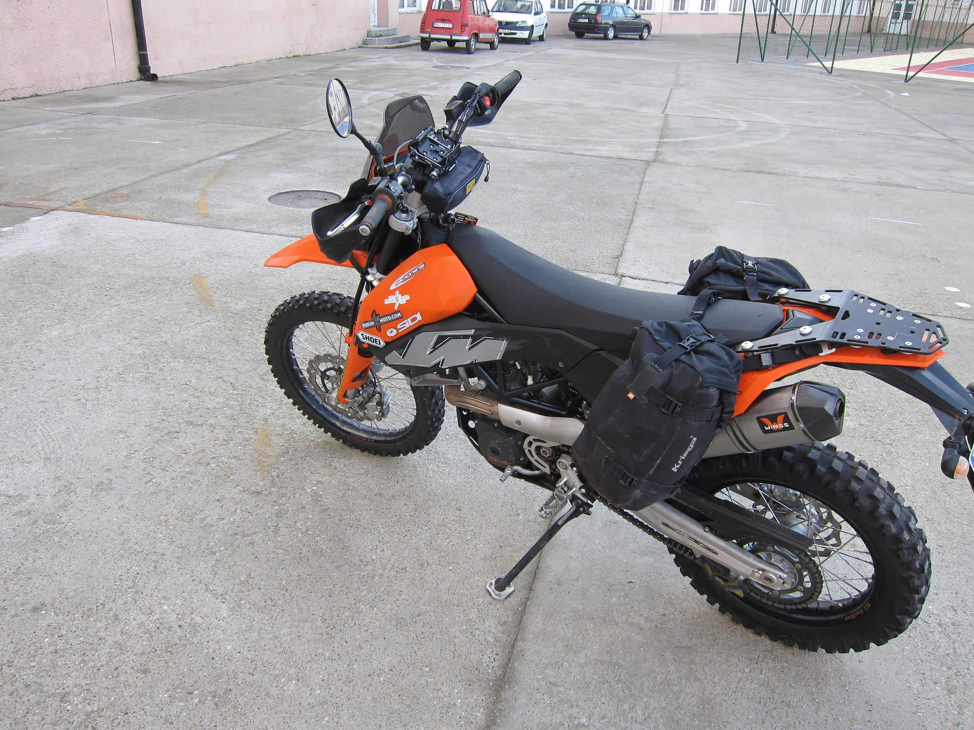 Kriega Overlander-30 bags, Perun moto KTM 690 Enduro Lugage rack SD and Heel guards