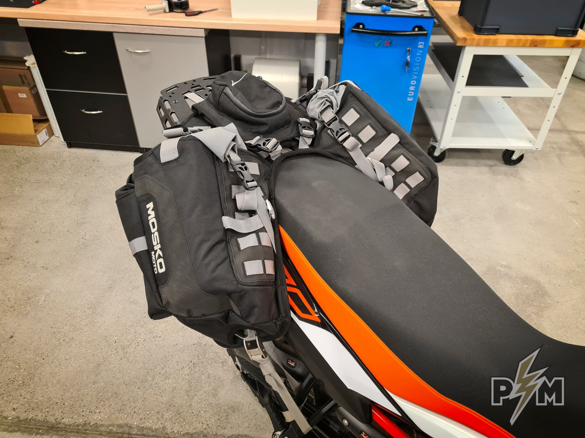 Mosko moto Reckless 40 and 80 on KTM 790/890 Adventure with our Billet rack - Large