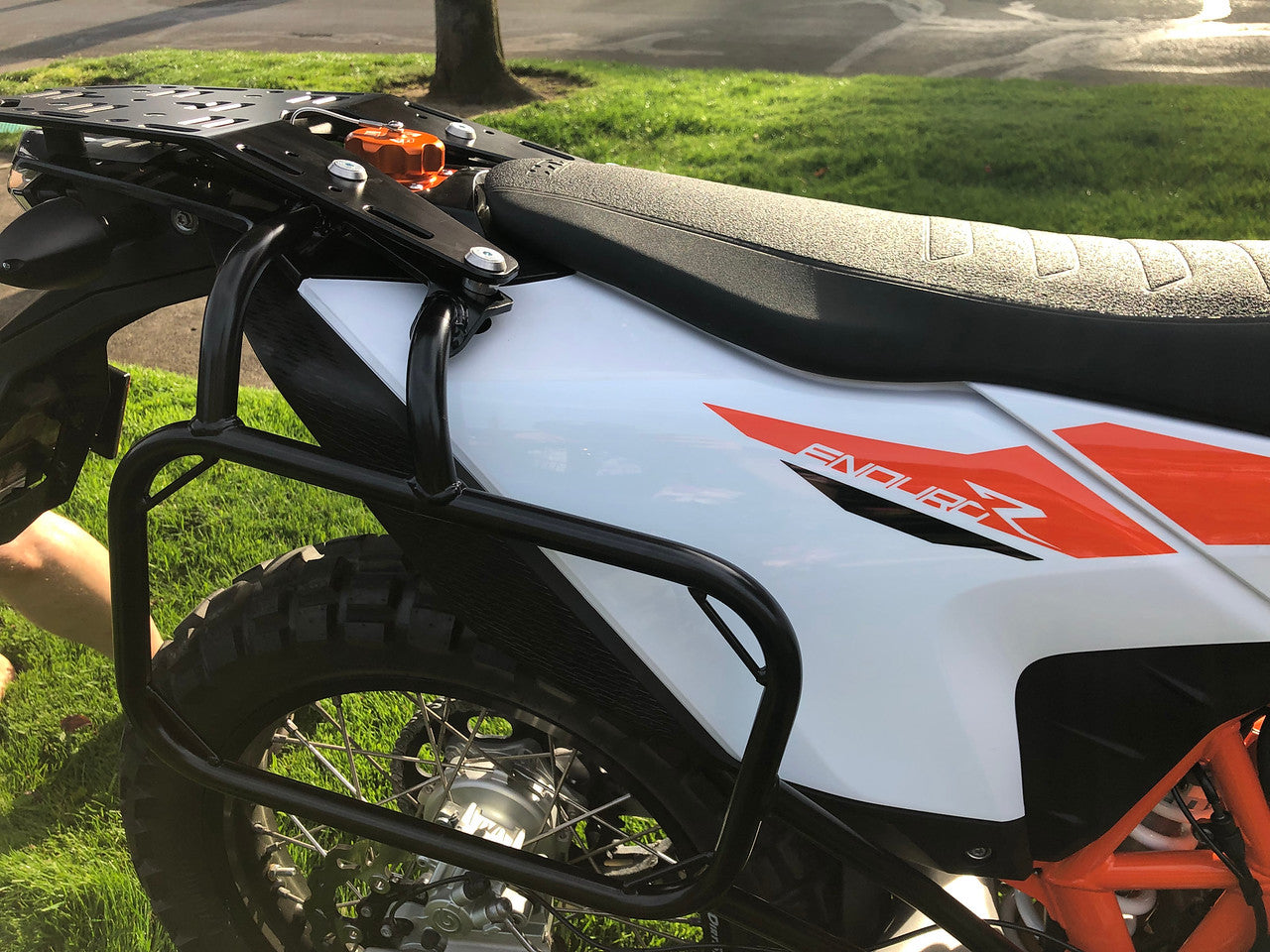 Top luggage rack and pannier racks combo for 2019 KTM 690 Enduro
