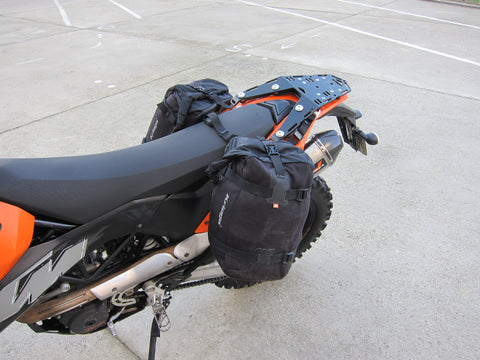 Kriega Overlander-30 on KTM 690 Enduro