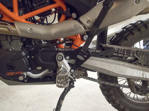 GL Coyote and Perun moto Heel Guards on KTM 690 Enduro - 3
