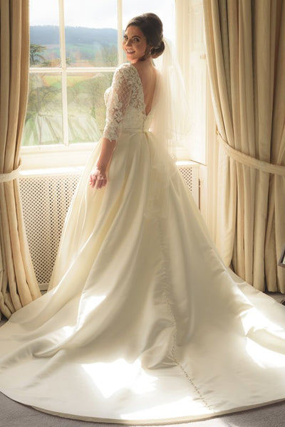 alix skinner wedding dress