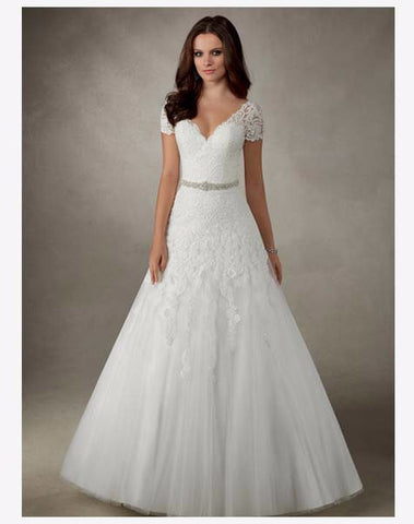 Rowena - Ronald Joyce Wedding Dress - Size 14