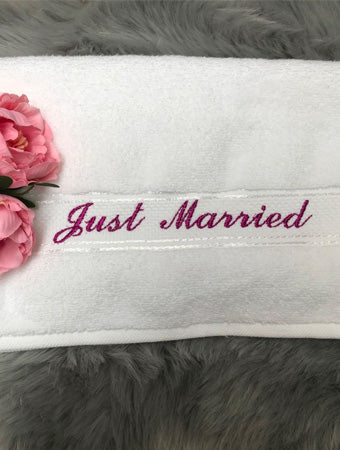 Just Married personalised embroidered white bath/beach towel set