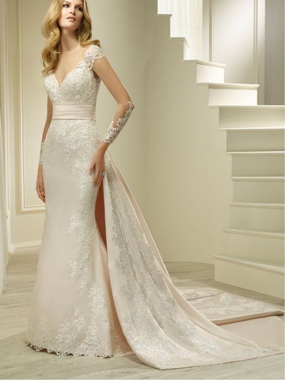 Hester Wedding Dress by Ronald Joyce 69621