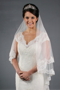 SOFT TULLE LACE VEIL