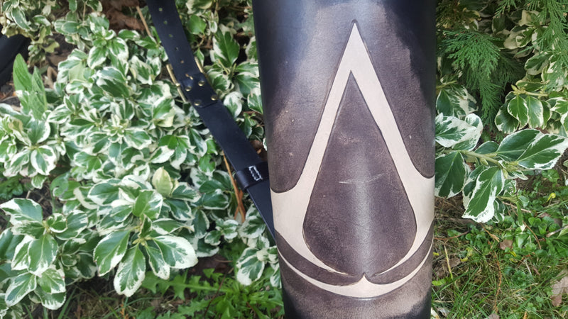 Back Quiver - Assassin's Creed - Single Strap with Reindeer Fur - New