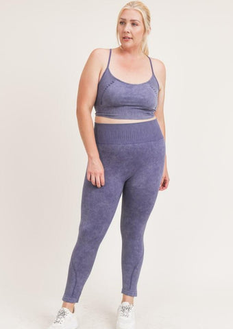 Cloudy Soft Perforated Set (Plus Size)