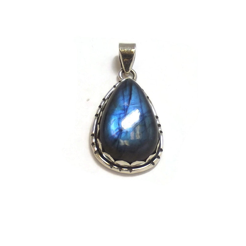 Labradorite and Sterling Silver Pendant