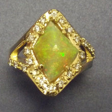 Load image into Gallery viewer, 18k yellow gold Ring-Opal and Diamonds-One of a kind.
