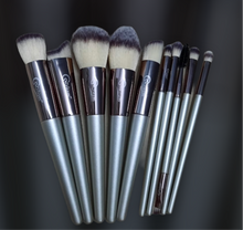 Load image into Gallery viewer, Golden Luxe Brush Set (10 piece Brush Set with bag)