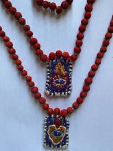 Load image into Gallery viewer, Hawthorn Berries Milagro Necklace