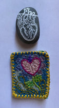 Load image into Gallery viewer, Pebble Pouch Valentine