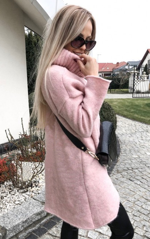 Dusty Pink Long Turtleneck Sweater | MICHEL