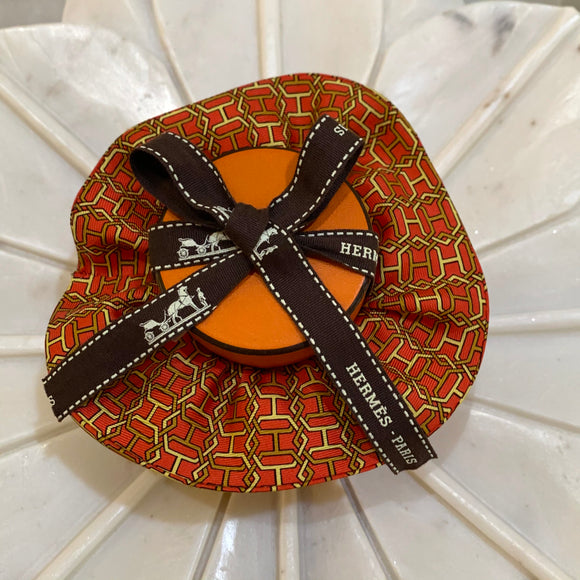 hexagon H Hermes designer luxury scrunchie