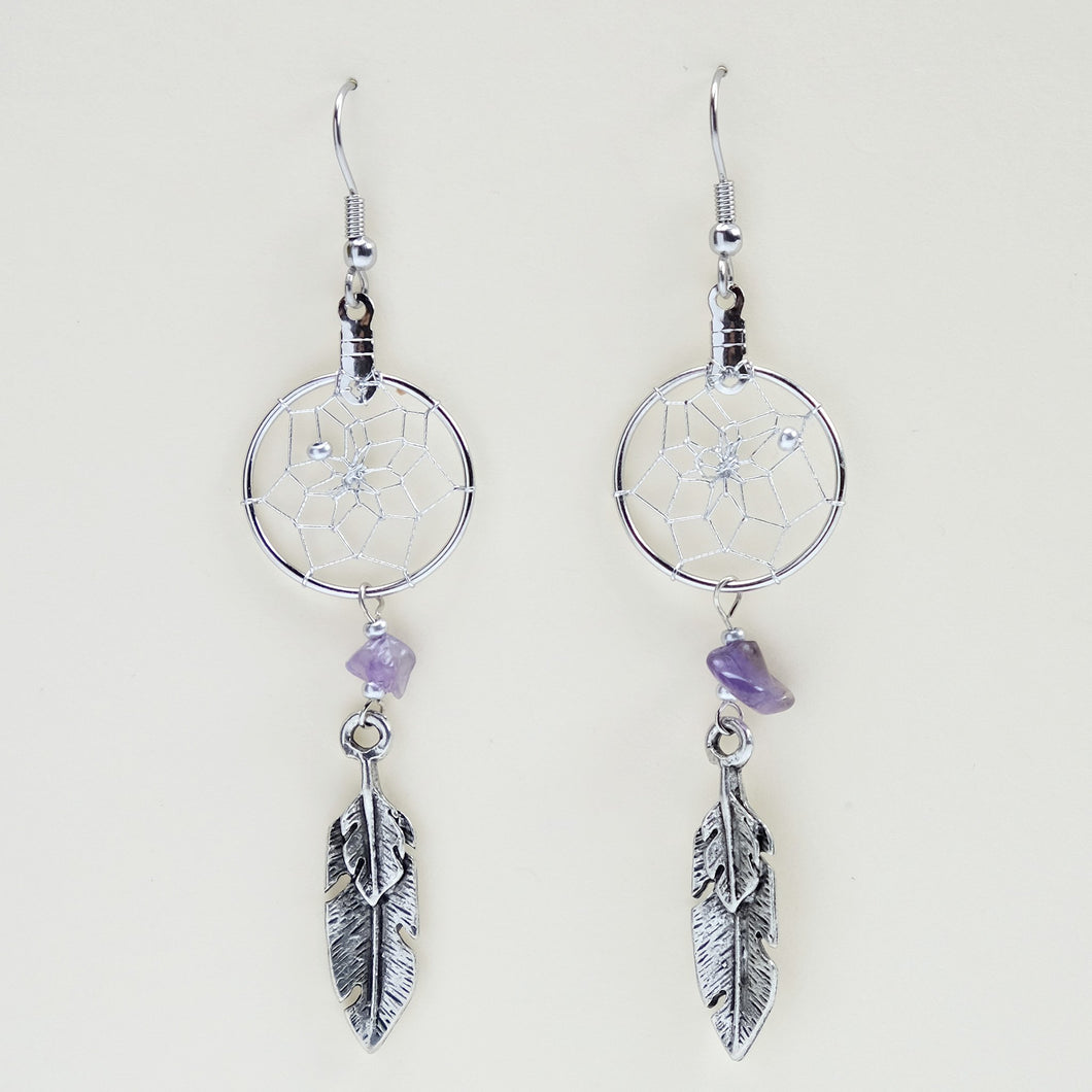 Handwoven dream catcher earrings detailed with amethyst semi-precious stones and metal feather charm. Dream Catcher ring size is .75