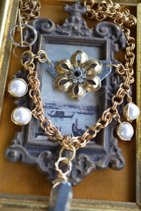 Flower & Crystal Necklace