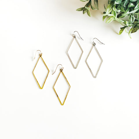 Delicate Shape Earrings - Delany Style