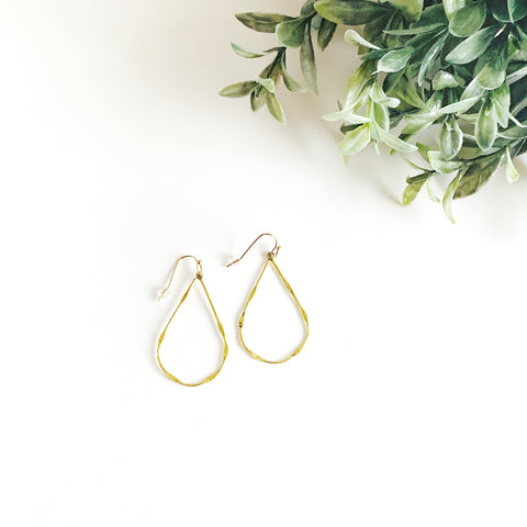 Delicate Shape Earrings - Teagen Style