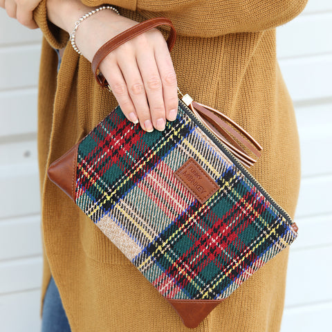 {Red, Green & Beige Tartan} Corner Detail Wristlet Collection