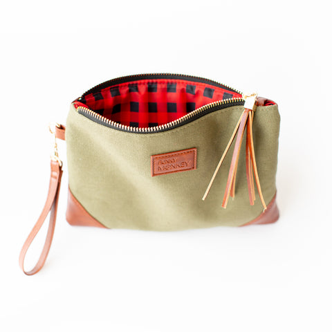 Army Green Corner Detail Wristlet - Red/Black Check Lined
