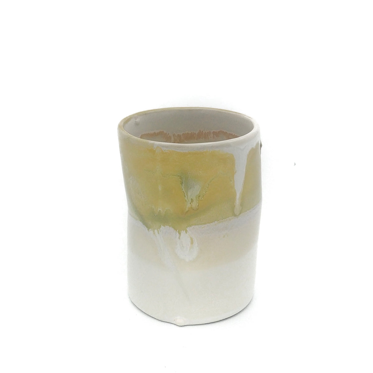 Kaolin-gudnyhaf-porcelain coffiecup/glass. Color white and yellow.