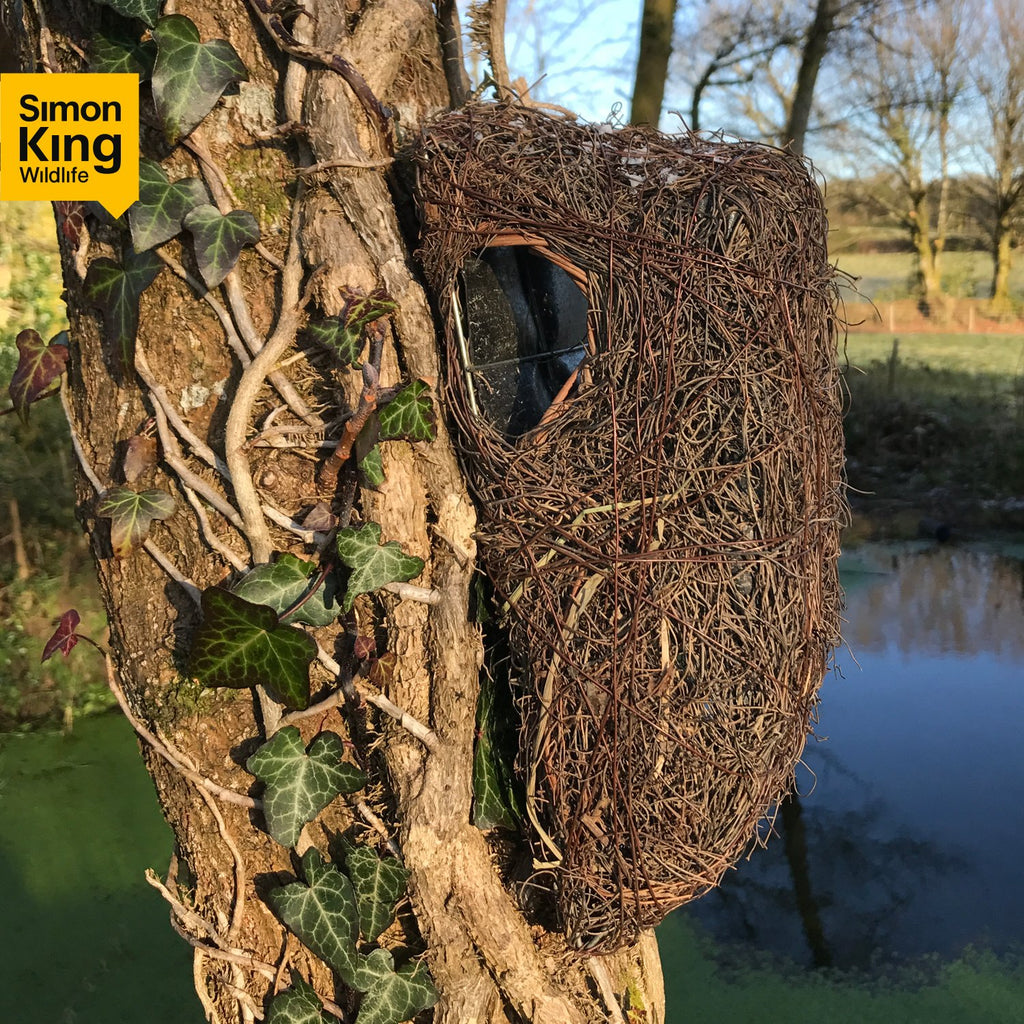 Simon King Brushwood Tree Nest Pouch