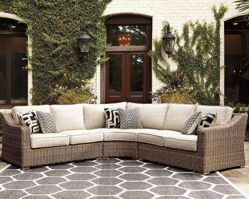 Beachcroft Signature Design by Ashley 3-Piece Sectional image