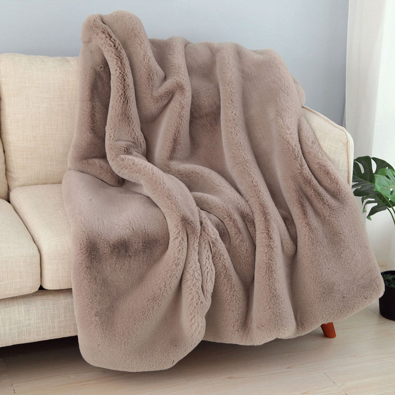 Caparica Blush Throw, Blush