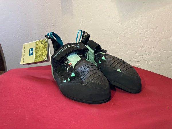 Scarpa Instinct VS Climbing Shoe - Black/Light Blue, size EU 37/6 USW