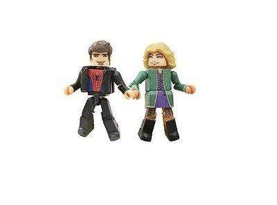 Marvel Minimates Series 56 – Spider-Man 2 Graduation Peter Parker and Gwen Stacy