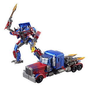 Optimus Prime - Transformers Generations Studio Series Voyager Class
