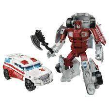 Protectobot First Aid - Transformers Generations Combiner Wars Deluxe Wave 3