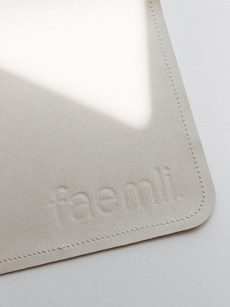 Faemli blanc maxi leather mat Australia - baby goods for the modern family