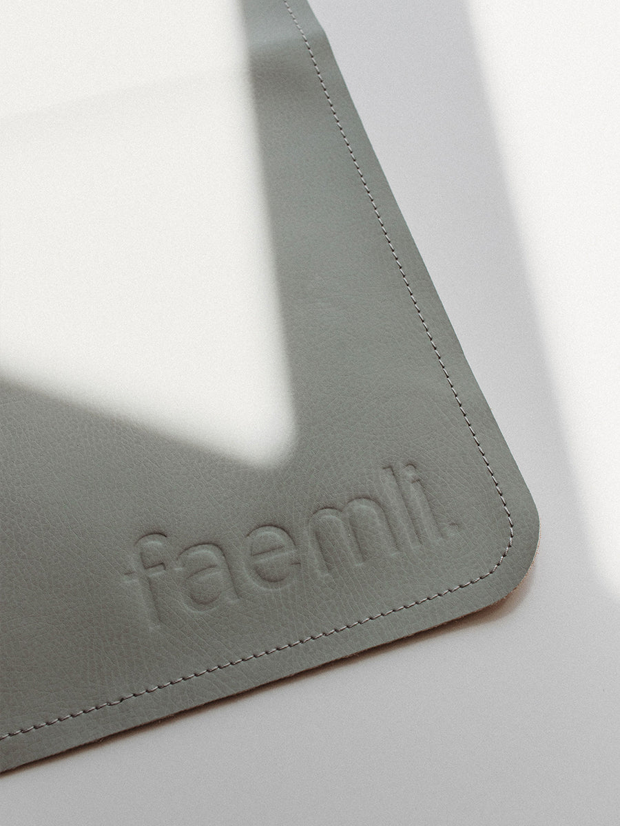 Faemli sage maxi leather mat Australia - baby goods for the modern family