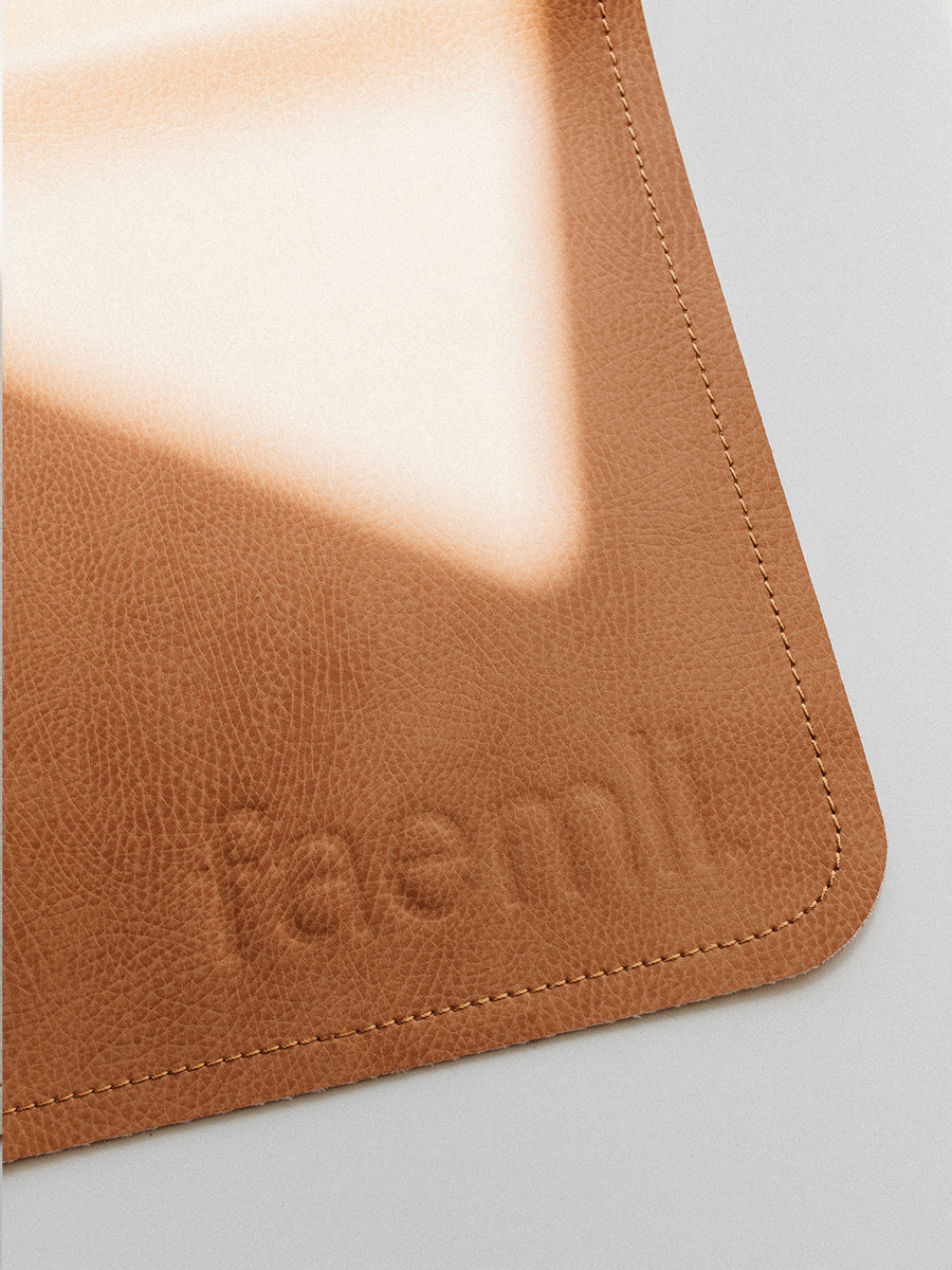 Faemli tan maxi leather mat Australia - baby goods for the modern family