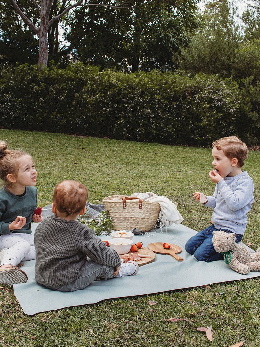 Faemli sage maxi leather picnic mat Australia - baby goods for the modern family