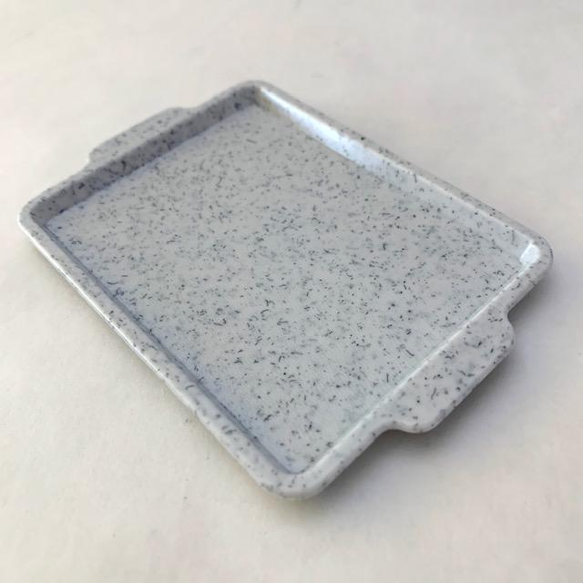 385212 GREY SERVING TRAY-1 tray