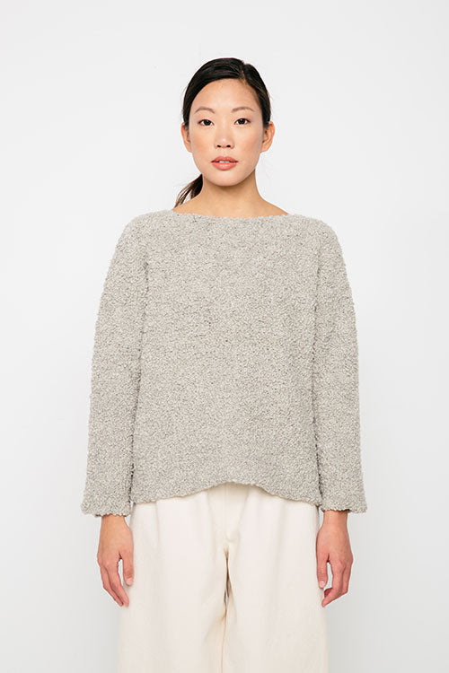 HOVER2_Billie Sweater [Fog Textured Wool/Alpaca] + Crescent Pant [Natural Cotton Canvas]