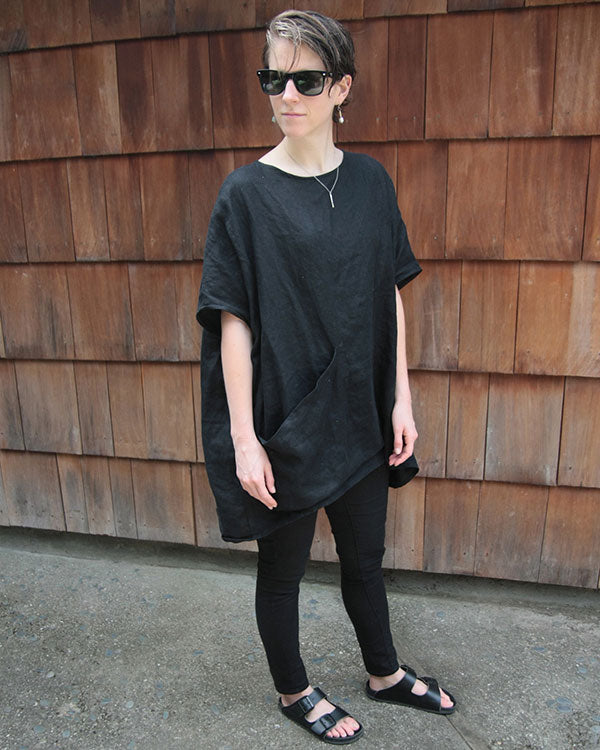 HOVER2_[a href=|/collections/signature/products/harper-tunic-linen|]Harper Tunic [Black Midweight Linen / OS][/a]