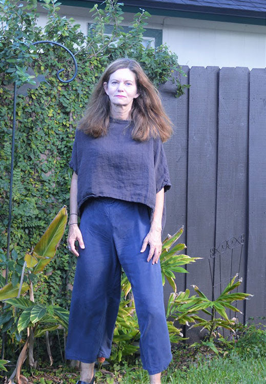 HOVER2_Linn Tee [Charcoal Midweight Linen / OS][/a] + Florence Pant [Steel Blue Tencel / X-Small]