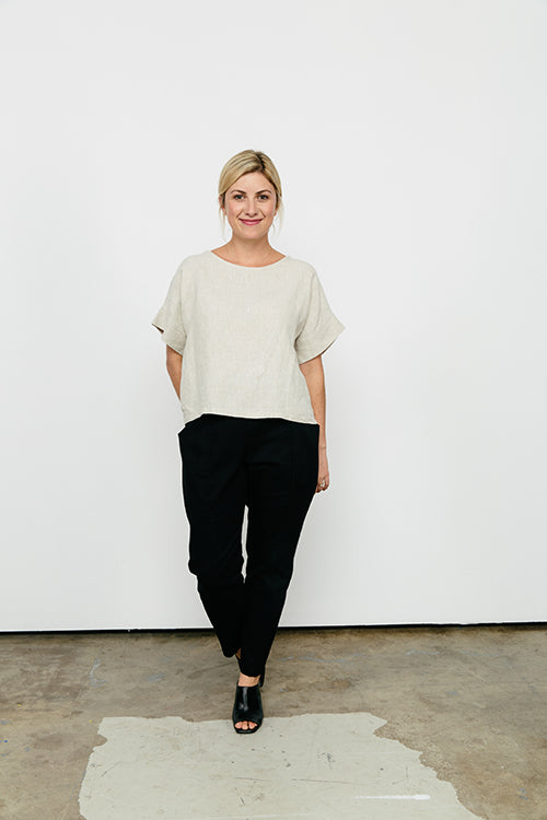 HOVER2_Georgia Tee in Midweight Linen [OS Minus] // Clyde Pant in Cotton Twill [4, Regular]