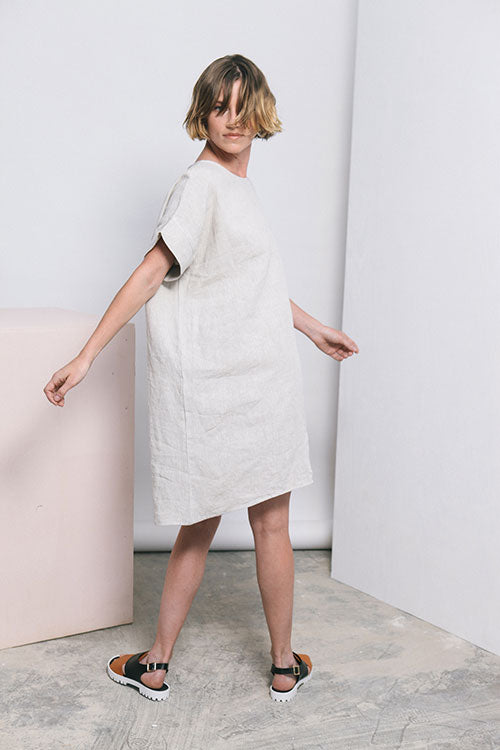 HOVER2_Georgia Dress [Flax Midweight Linen]