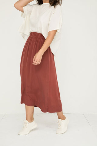 Bel Skirt in Silk Crepe Rust - Natalie-Medium Regular